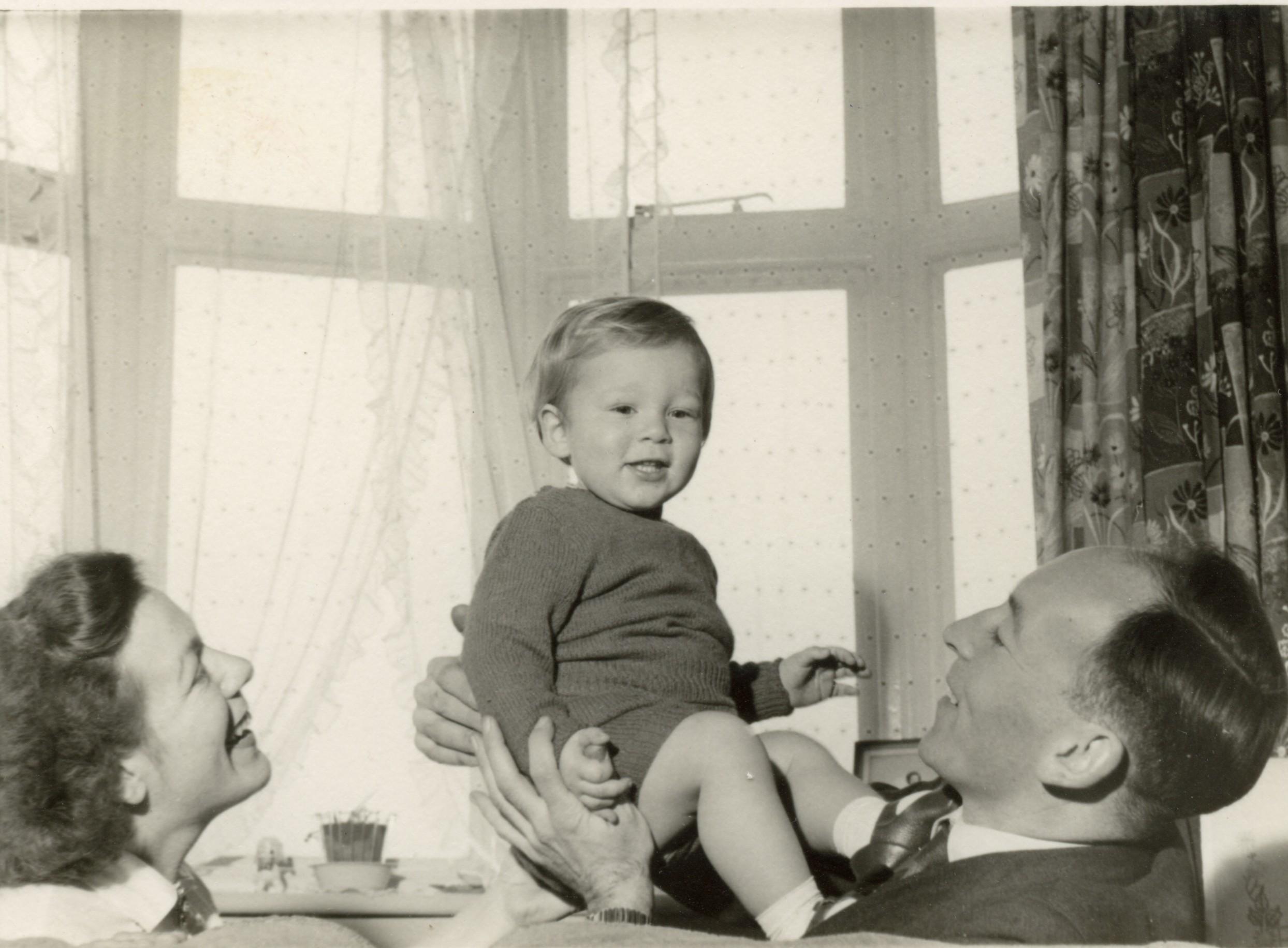 mum dad roland 1959